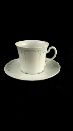 Kaffeetasse mit Untere Seltmann Weiden Julia Blaue Ornamente mehr da