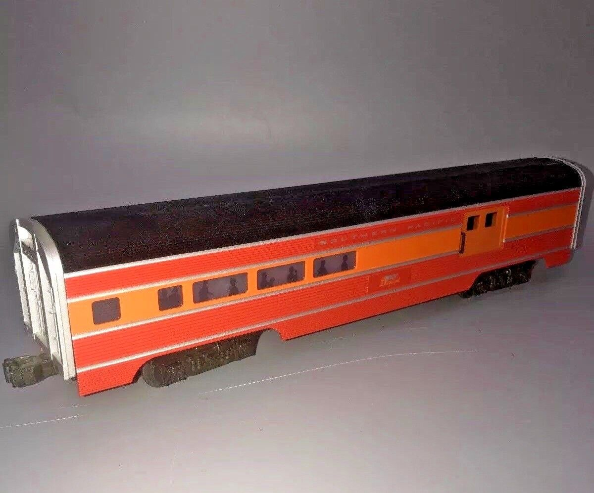WILLIAMS ELECTRIC TRAINS  SOUTHERN PACIFIC DAYLIGHT CROWN EDITION PASSENGER CAR