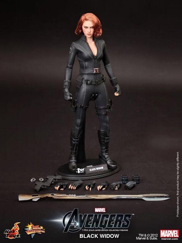 Hot Toys Vengadores viuda negra