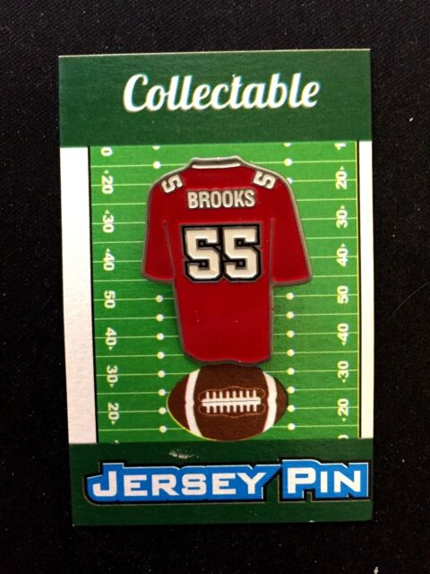 f8a35e0a Tampa Bay Buccaneers Derrick Brooks jersey lapel pin-Classic Collectable
