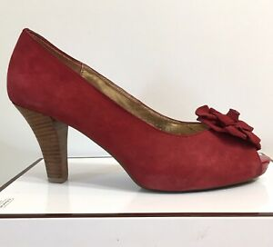 Sofft women's Red suede Peep Toe High Heels size 10