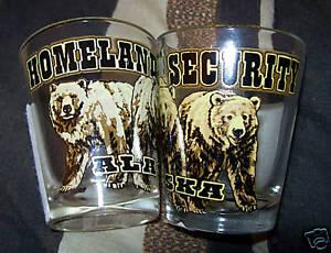 Alaska-Shotglass-Homeland-Security-3-bears-beautiful-Collectible-shot-glass