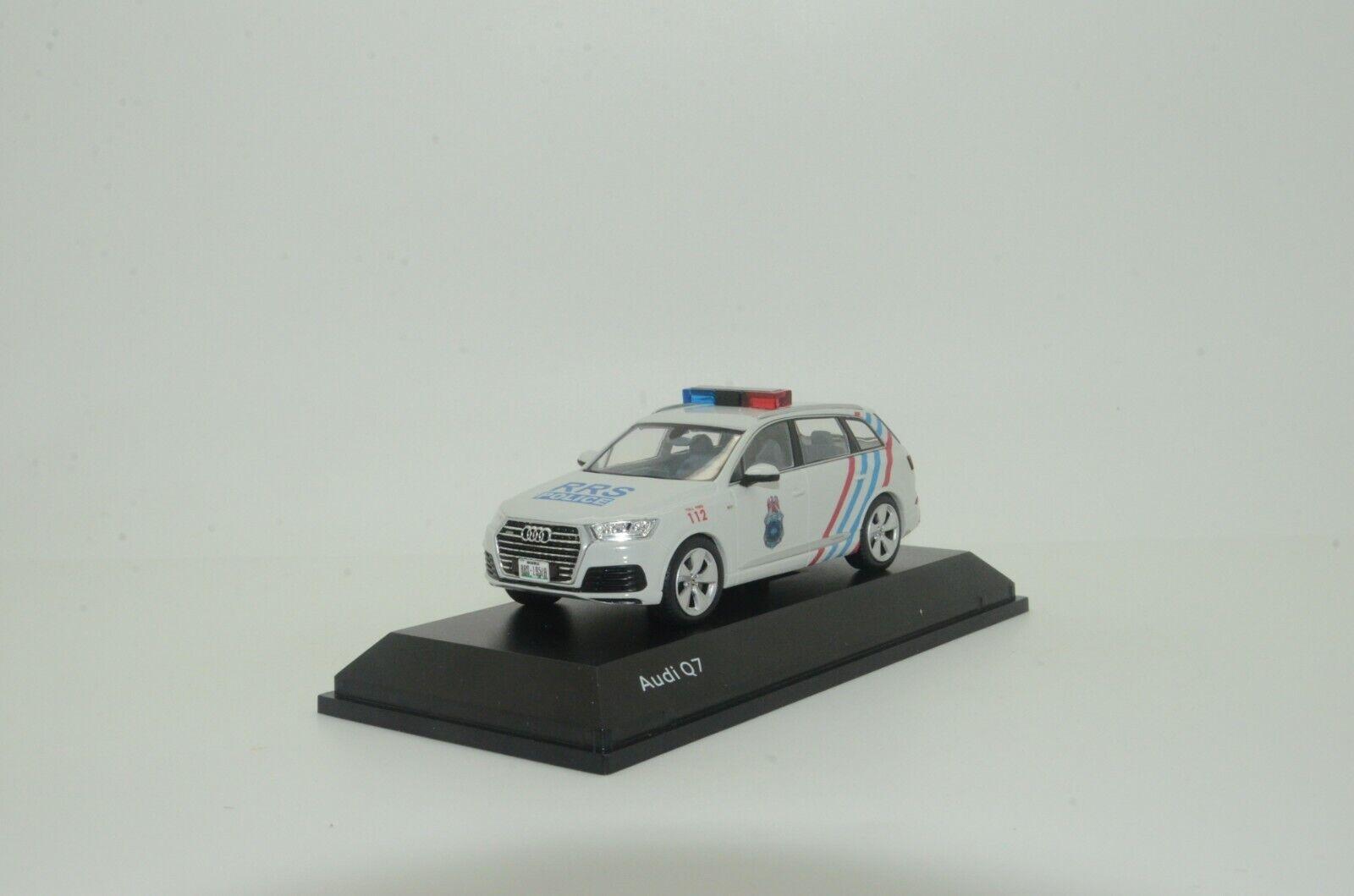100% autentico   Raro Raro Raro  nuevo Audi Q7 Nigeria policía Hecho a Medida 1 43  perfecto