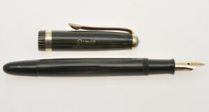 Osmia-Faber-Castell-882-green-striated-celluloid-fountain-pen-mint-unused