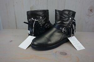 Détails sur UGG collection Karisa Stingray Noir Frange Métallique pour Femme Bottes 9 US NEW IN BOX afficher le titre d'origine