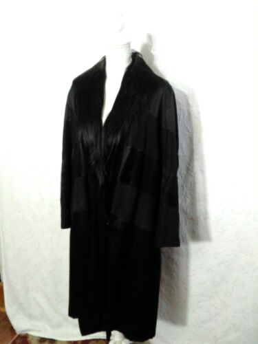 Monkey Fur Silk Long Coat Silk Circa 1920's Women'