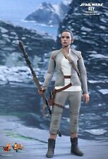 """Hot Toys--Star Wars - Rey Resistance Outfit Episode 7 The Force Awakens 12"""" 1:6"""