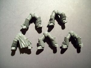 Space-Marine-Grey-Knight-Legs-bits