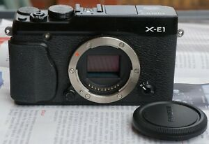 Fujifilm-X-E1-Black-Body-amp-extra-Fuji-battery-Very-Good-condition