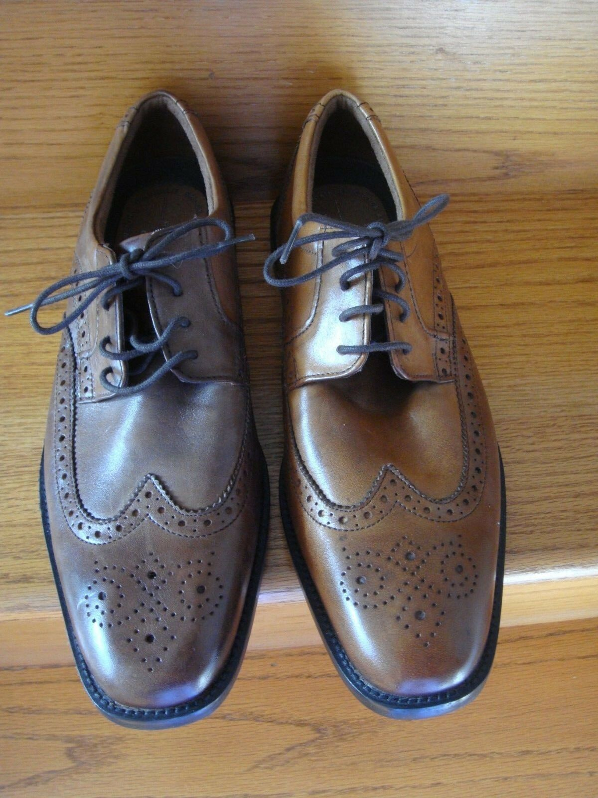 ROCKPORT WALKABILITY Men's Brown Leather Wingtip Lace Up Oxford shoes 10.5 M NEW