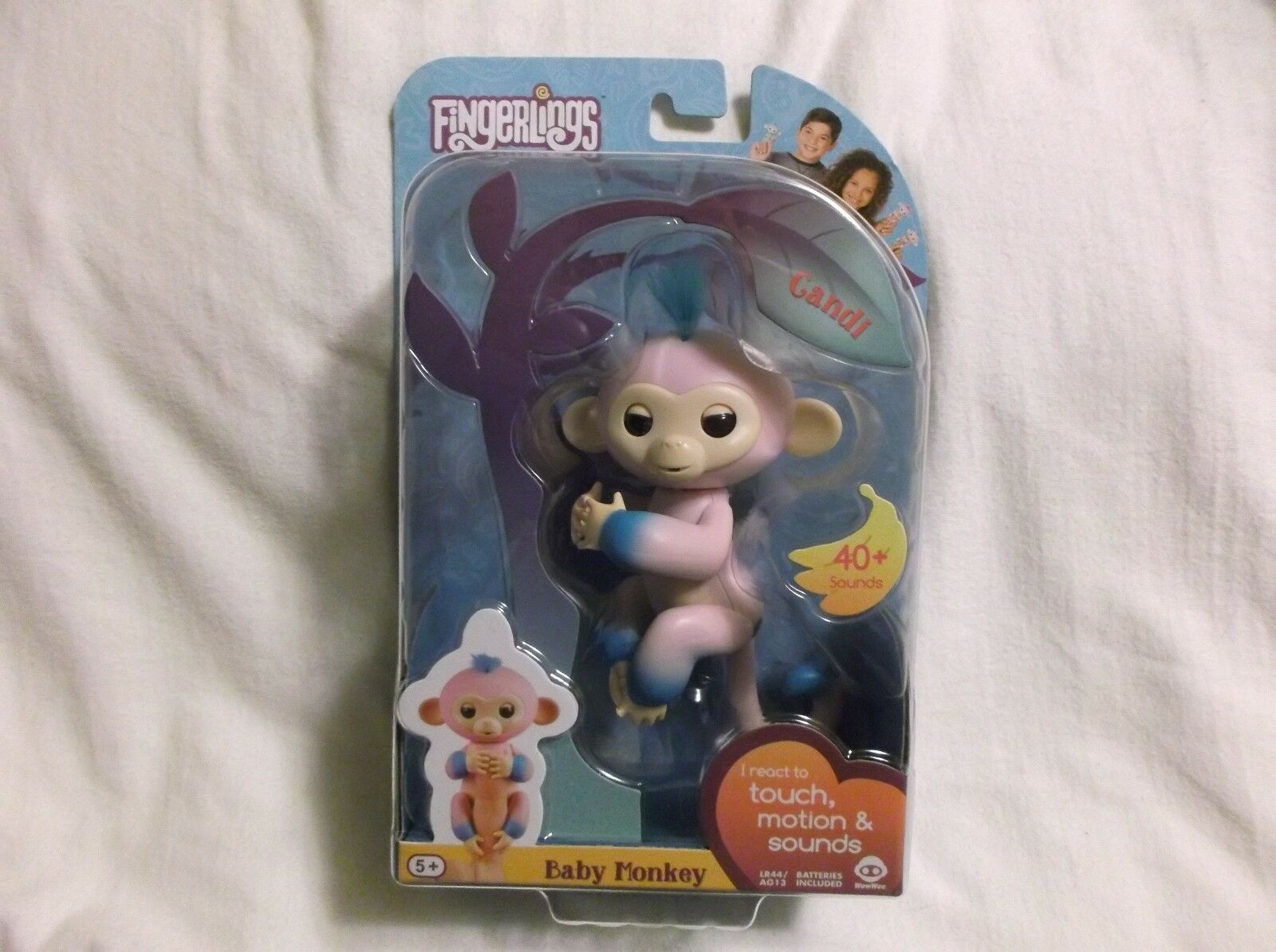WowWee Fingerlings - Two Tone Baby Monkey BRAND NEW SEALED Candi pink bluee