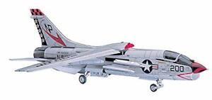 Hasegawa-1-48-F-8J-Crusader-PT26-Kit-Plastic-Model