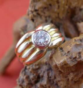 Breiter-Solitaer-Brillant-Unisex-Ring-in-750-Gelbgold-0-60-ct