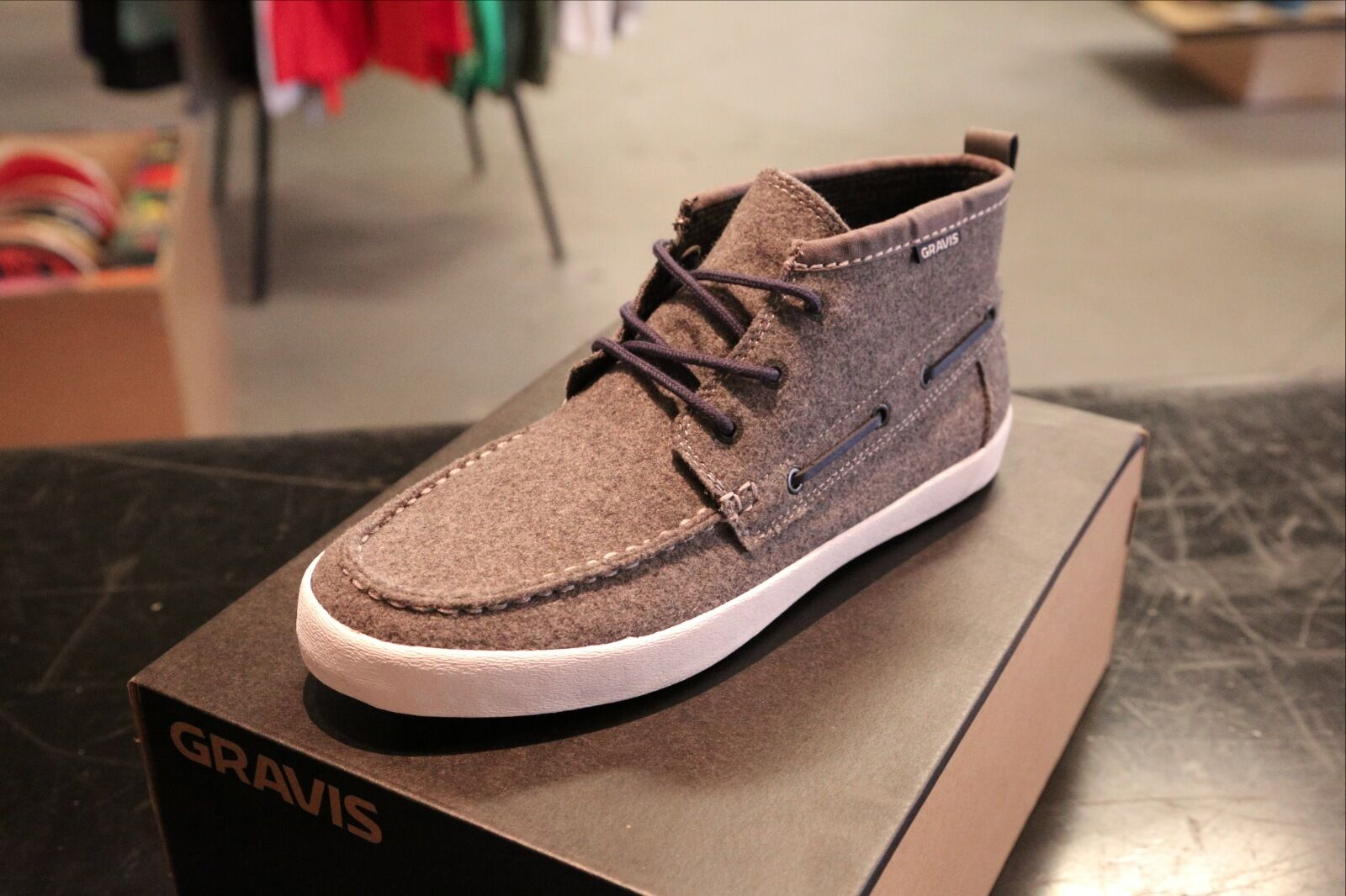 Gravis Yachtmaster MID Pewter Size 8