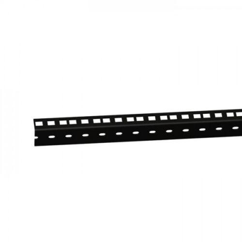 61535BLK Adam Hall Profilé rack en acier 2 mm