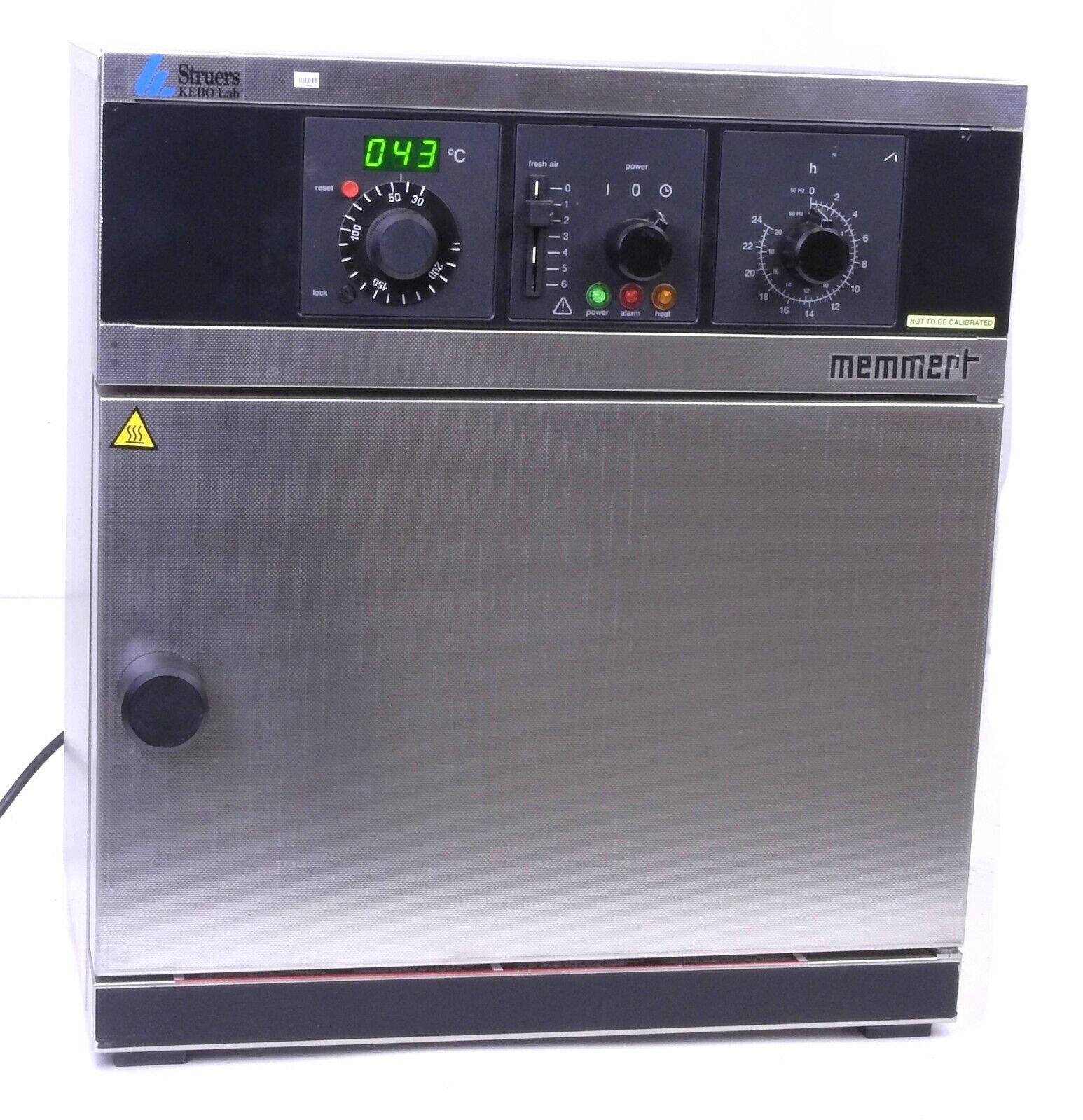 Memmert Lab Oven Type UM 100