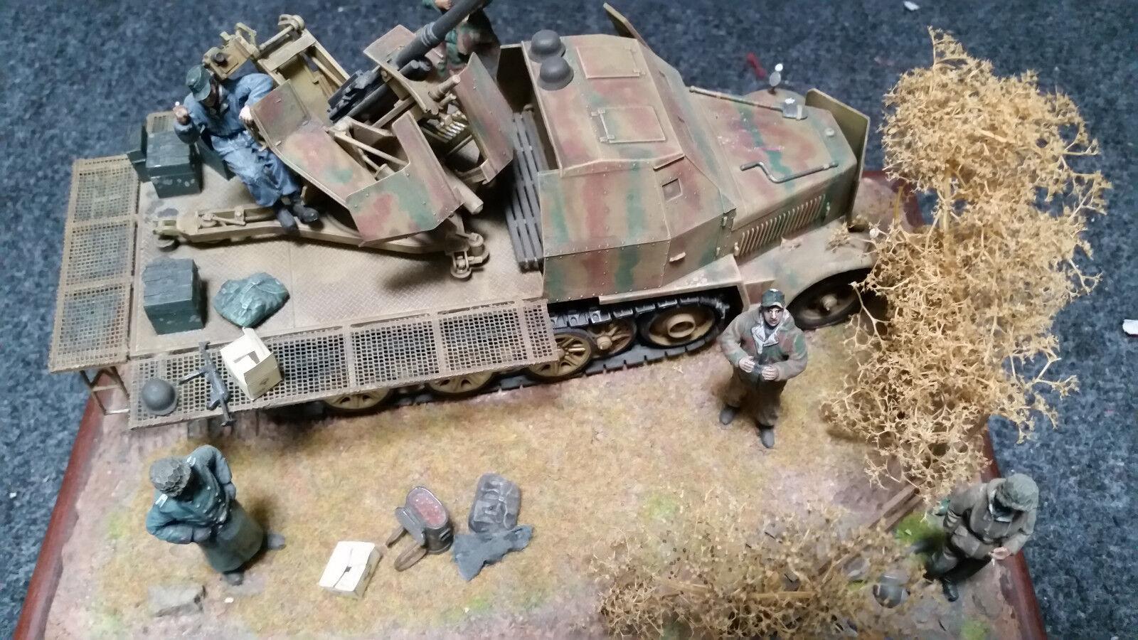 Diorama 1 35  WW2 Sd Kfz 7 2 Halbkettenfahrzeug Halbkettenfahrzeug Halbkettenfahrzeug mit 3,7 Flak gebaut und bemalt  | Haltbarer Service  593b9c