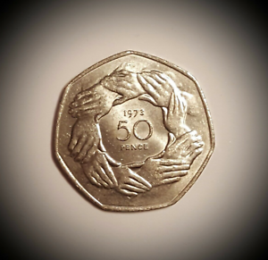 RARE-50p-Coin-1973-EEC-Ring-of-Hands-Higher-Quality-BUY-it-for-BREXIT-reason