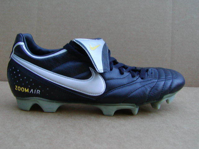 NIKE AIR ZOOM BRAZILIAN FG SOCCER CLEATS 311129-001 SIZE 12  NEW W O BOX  NOS