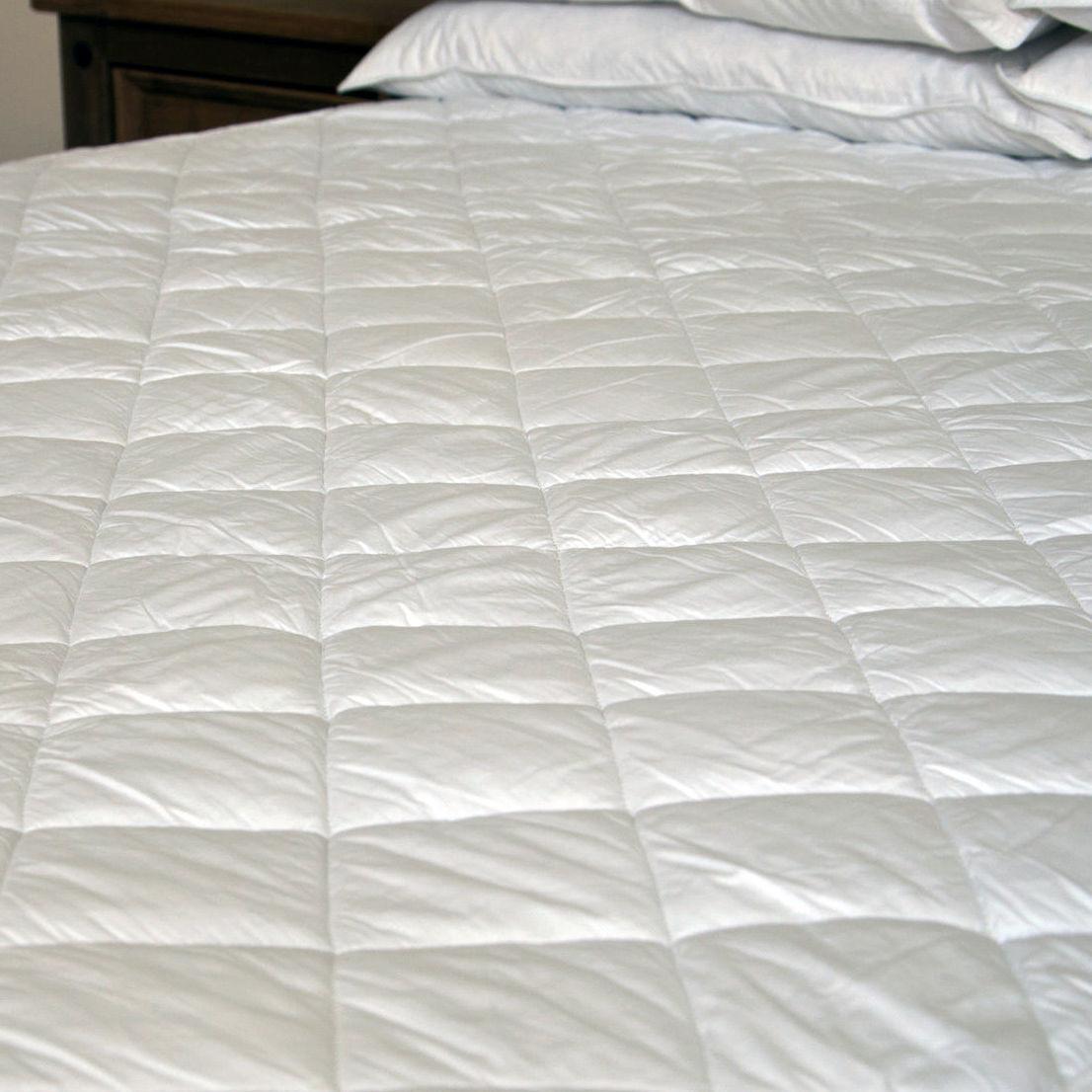 Super Soft Deep Quilted 100% Cotton Mattress Protector 15  Deep Skirt