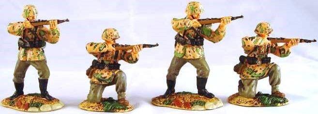 Conte Ltd. Zinn WW2 Deutsche WW2-035 Waffen Ss Brennen Set MIB