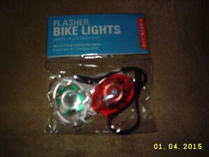 KIKKERLAND Flasher Bike Lights LED Flashlight Flasher Safety Gadget XFL18B