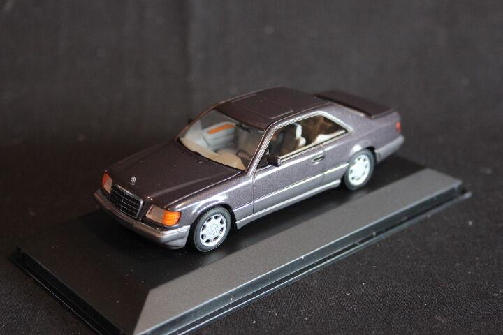 Minichamps Mercedes-Benz E-Klasse Coupé 1994 1 43 Bornit Metallic (JS)