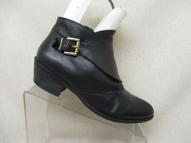Steve Madden Black Leather Side Zip Buckle Ankle Fashion Boots Bootie Size 10