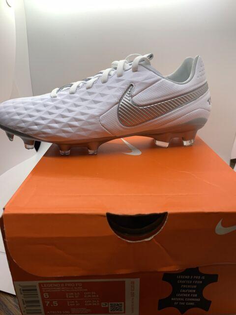 Nike Tiempo Legend 8 Pro FG Soccer