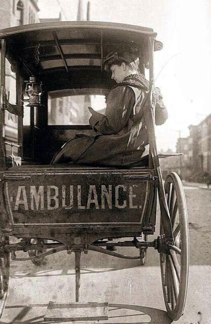 Vintage Horse Drawn  Ambulance with Nurse  Speclisting test lsitinggregil-1