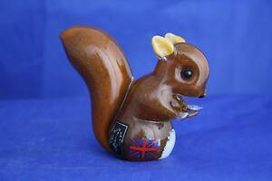 LANGHAM-GLASS-CRYSTAL-HAND-MADE-SMALL-RED-SQUIRREL-FIGURE-NEW-BOXED
