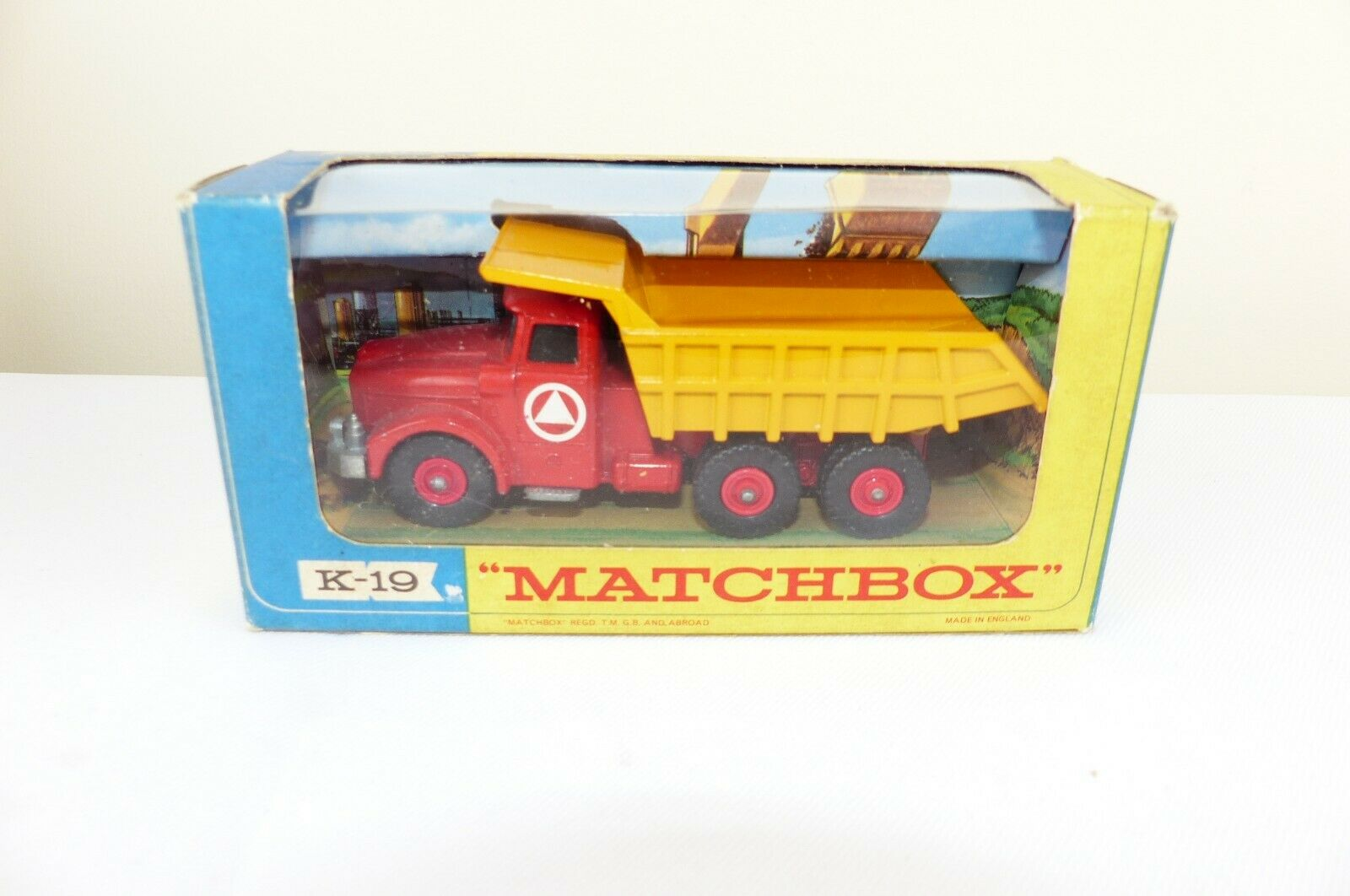 Matchbox KingTaille No K-19 is the model of  the six wheeled Scammell Tipper VNMB  au prix le plus bas
