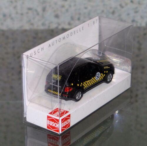 Follow me Fahrzeug Mercedes Benz M-Klasse Royal Racing BUSCH 49815 H0, 1:87