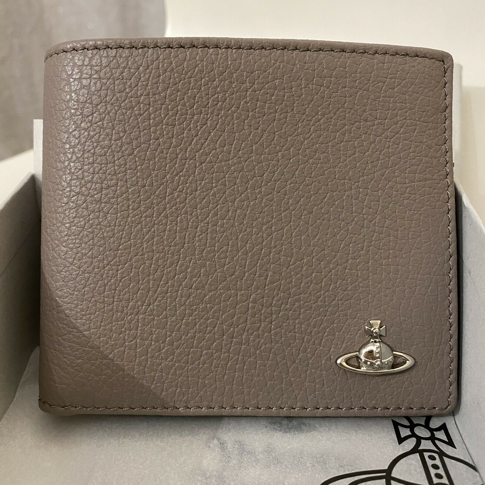 Vivienne Westwood Mens Leather Bifold Wallet Silver Orb - Taupe