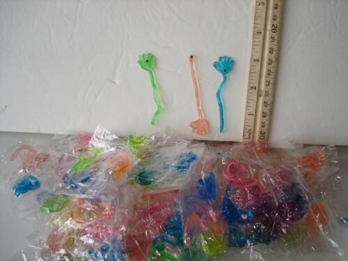 """PARTY TOYS MINI STICKY HANDS 3/"""" LOT 0F 288 CARNIVALS PARTY FAVORS VENDING"""