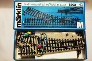 MARKLIN-HO-Paire-d-039-aiguillages-electromagnetiques-5202-Train-neuf