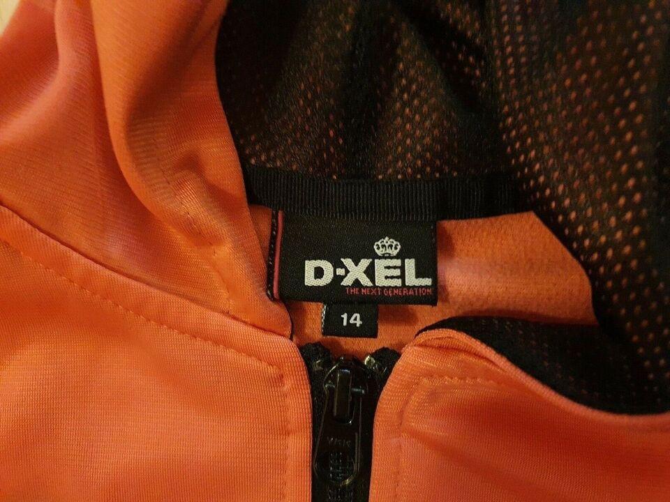Hættetrøje, Hættetrøje, D-XEL