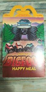 NOS-1987-McDonald-039-s-Bigfoot-4x4-Monster-Truck-Happy-Meal-Collectors-Box