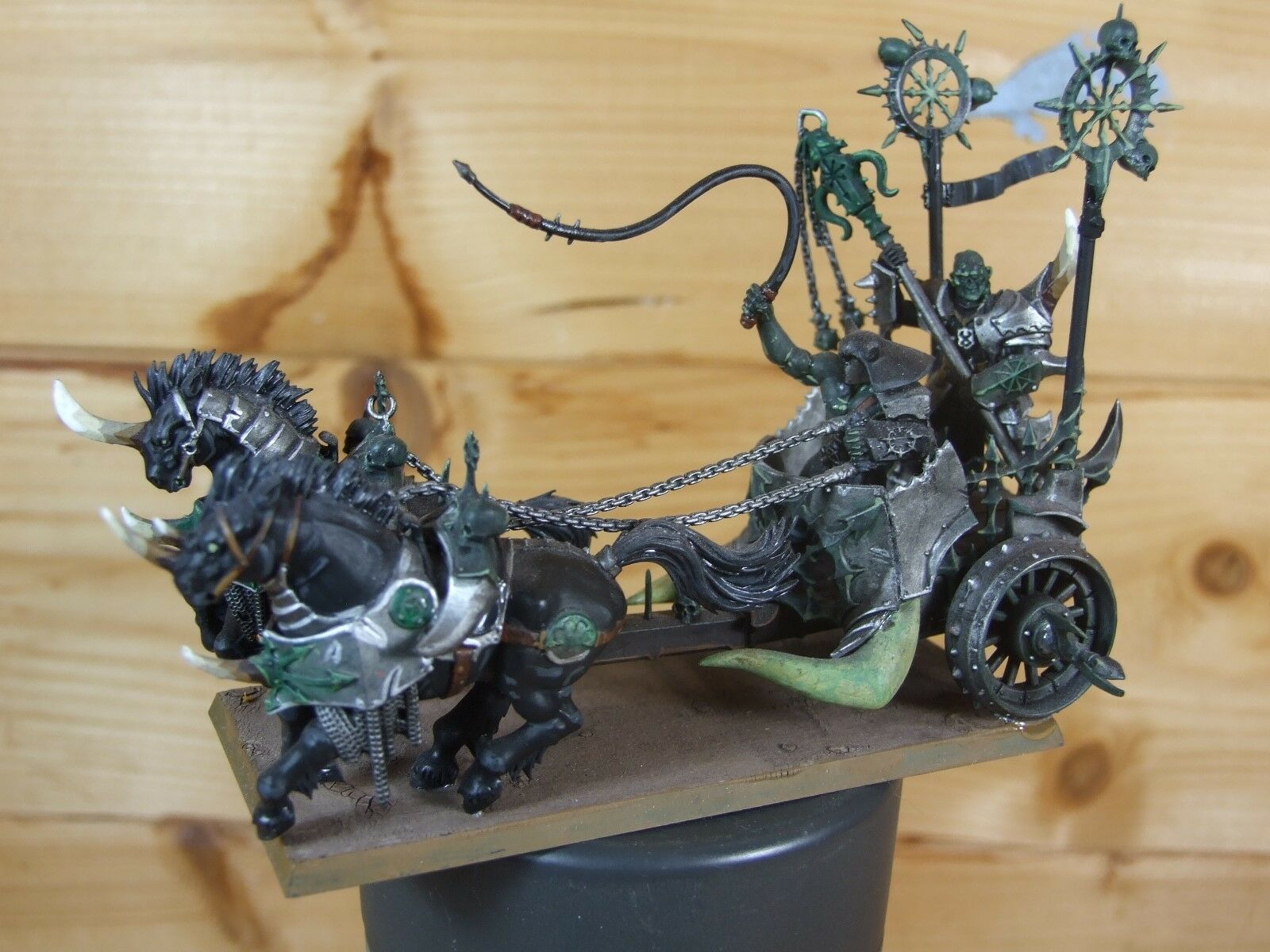 PLASTIC WARHAMMER CHAOS CHARIOT PAINTED (L)