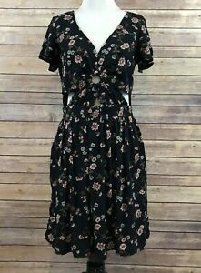 American-Eagle-Floral-Dress-Women-039-s-Sz-M-Long-Black-Pink-Cut-Outs-V-Neck-EUC