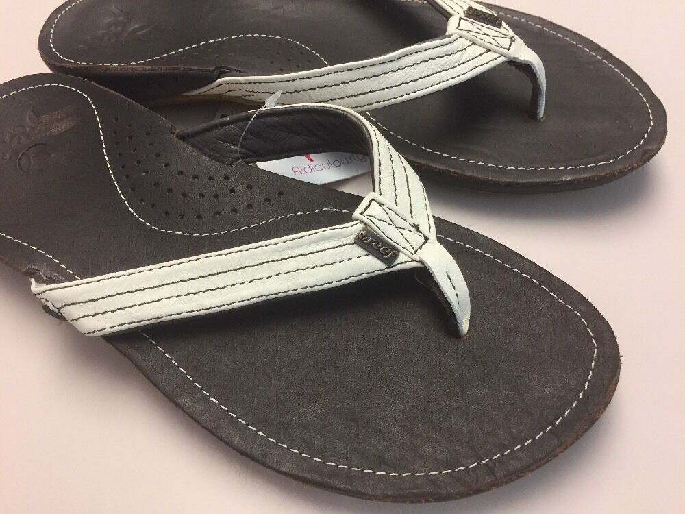 New REEF Miss J-Bay 1241 Leather Thong flip flop Brown white Size 8