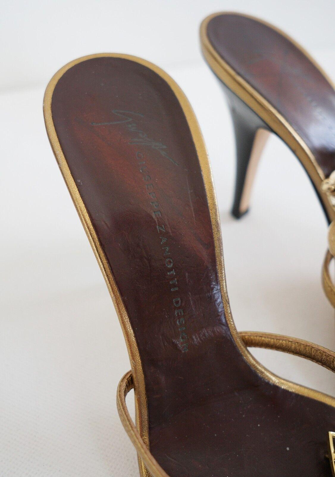 GIUSEPPE ZANOTTI DESIGN Crystal Embellished Strappy Sandals Sandals Sandals 37 US-7 4982a5