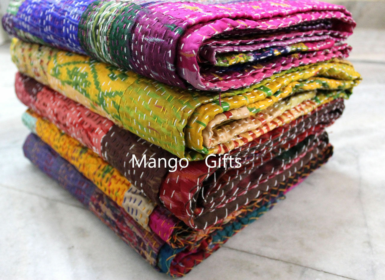 Indian Kantha Quilt Patchwork Silk Bedspread Dimensione 6090 Inches Wholesale Lot 3Pc