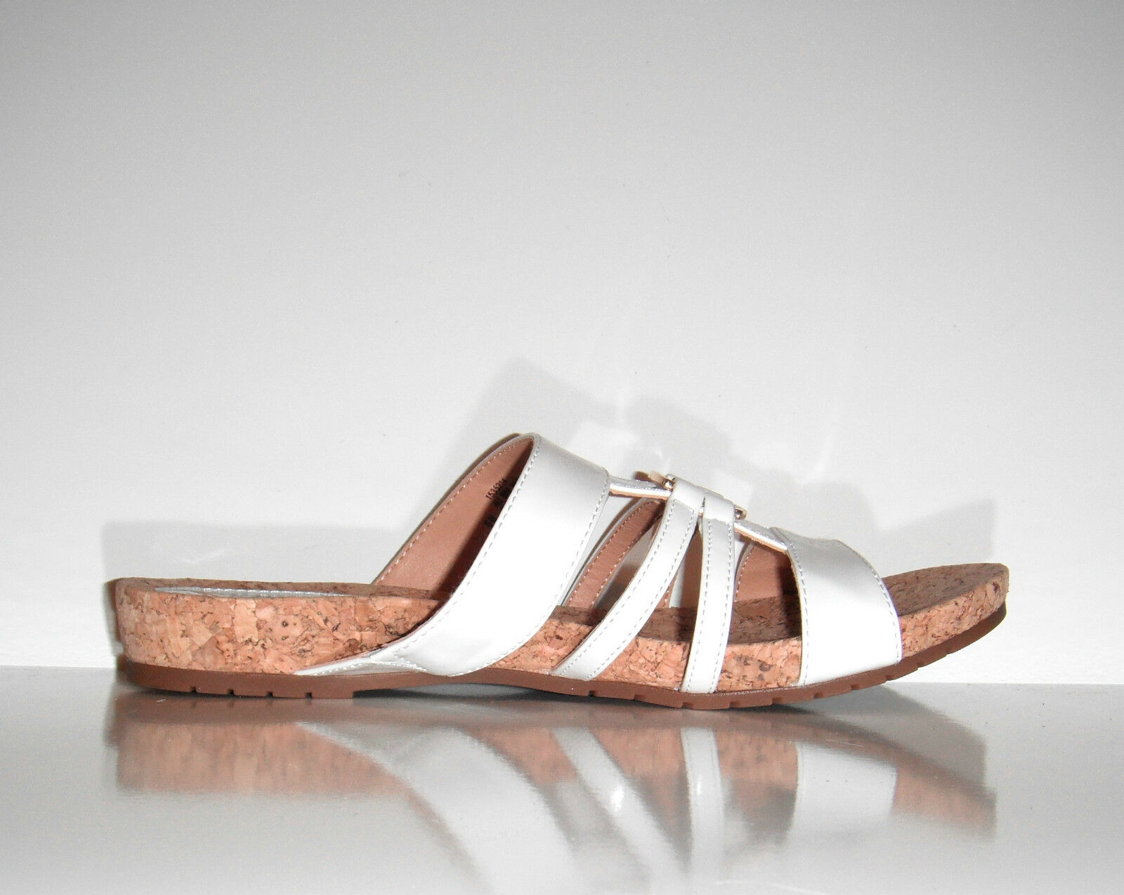 New Sofft Women  Comfortable Slide White Patent Leather Cork Sandals shoes sz 6