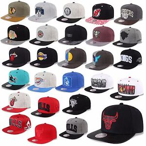 MITCHELL-amp-NESS-AND-SNAPBACK-CAP-CHICAGO-BULLS-NETS-KINGS-MAGIC-HEAT-UVM-B