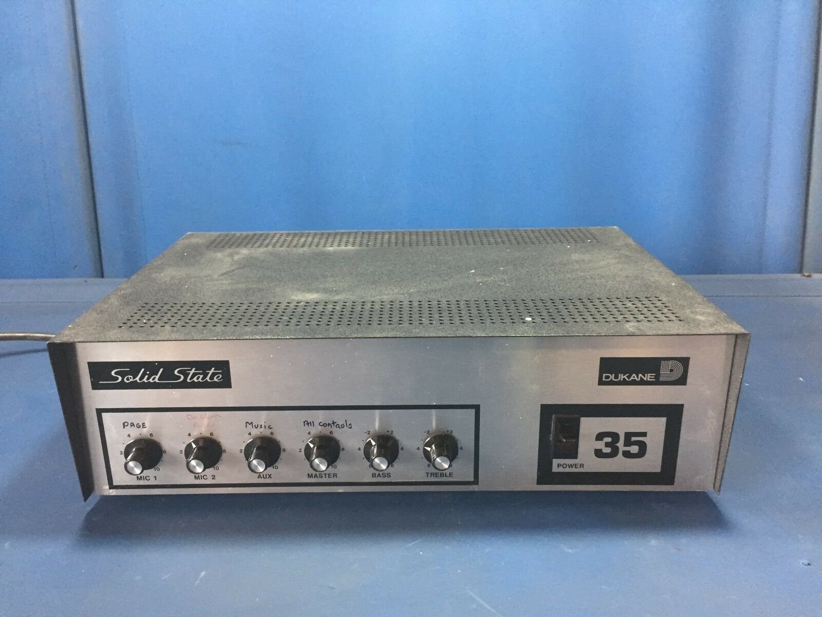 SOLID STATE DUKANE 35 AMPLIFIER