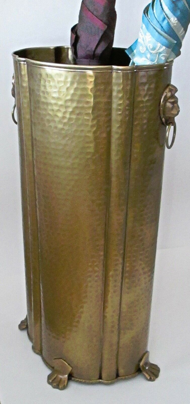 Solid Brass Oval Umbrella Stand Lions Head Handles 112AB-LION