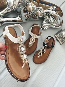 af8fd1b747295 Image is loading WOMENS-LADIES-NEW-WHITE-JEWELED-SANDALS-SUMMER-HOLIDAY-