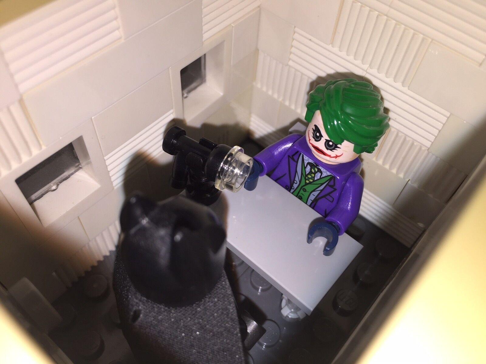 Vous Remplissez-moi  LEGO 76023 Joker + Bathomme + salle d'interrogatoire MOC Dark Knight  édition limitée
