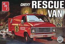 AMT [AMT] 1:25 1975 Chevy Rescue Van White Model Kit AMT812
